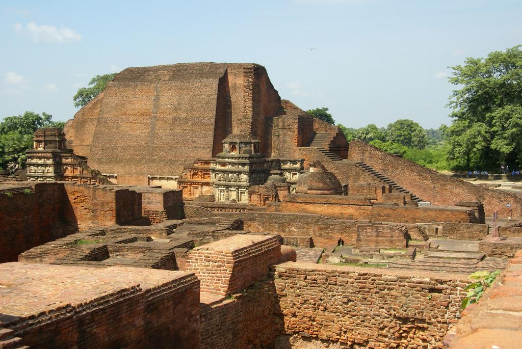 A view of the stupa of the Buddha student Sāriputta at Nalanda city ruins, Bihar, India.