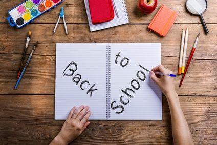 Schulheft mit Schriftzug Back to School